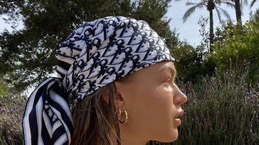 dior zijden sjaal
