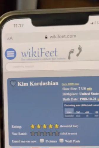 Kim Kardashian Voeten