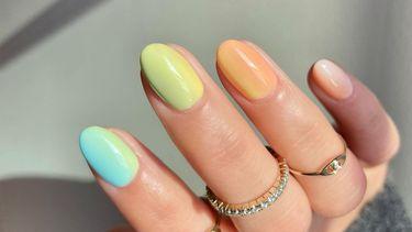 Pasen nail art nagels
