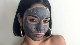 houtskool gezichtsmasker