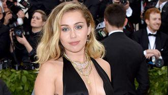 Gewaagde outfit Miley Cyrus